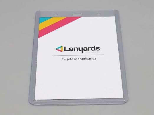 Porta tarjetas semirrigido vertical
